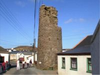 An Cloigtheach / Round Tower in the centre of West Town